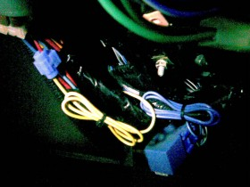 Plusleitung Voltmeter T_Tacho